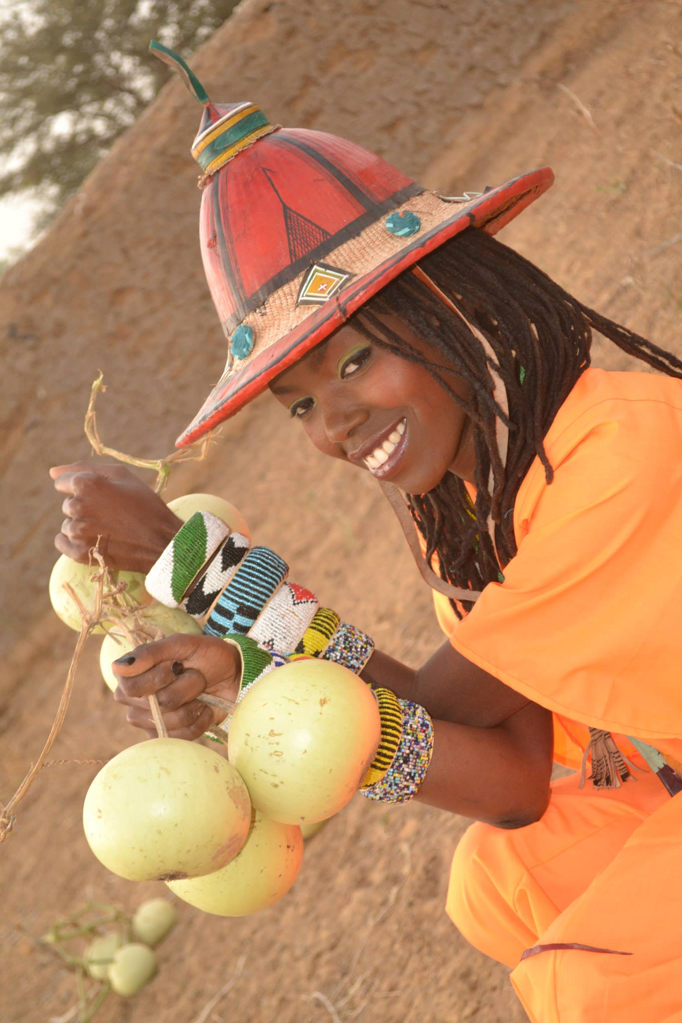 Tina Mweni In Djondjori, Mopti. Photography by Thomas Lassine Sogoba