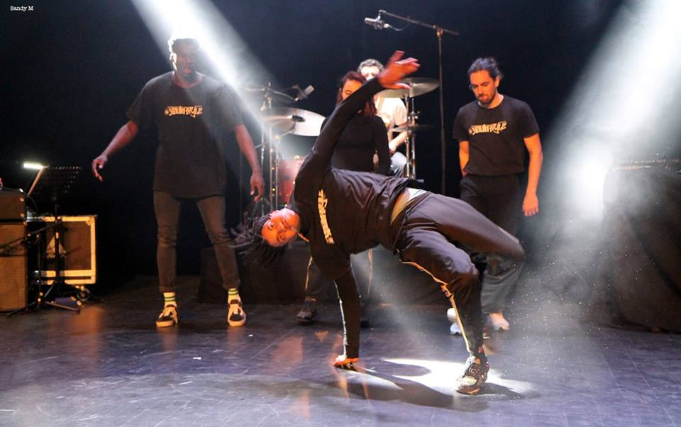 DaoElectro feat. Tina Mweni & South Style Dance Crew <br /> at L'Espace Tisot <br /> Photo by Sandrine Magnoni ~ 23-02-19